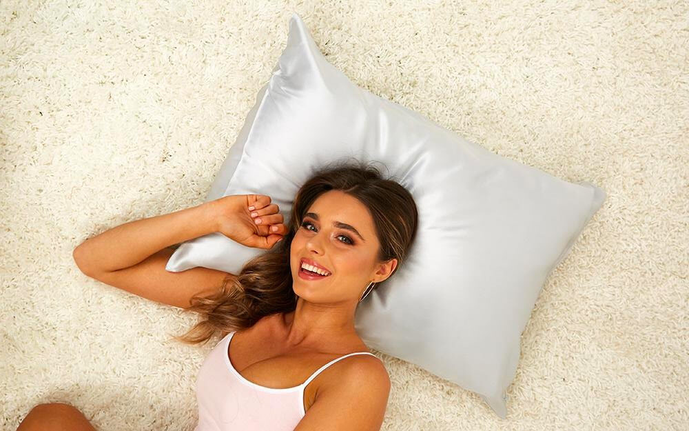 Blissy Silk Pillow Cover Review